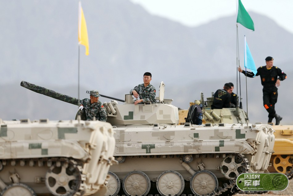 从军事竞赛感受解放军进步 外军赞表现胜过俄军