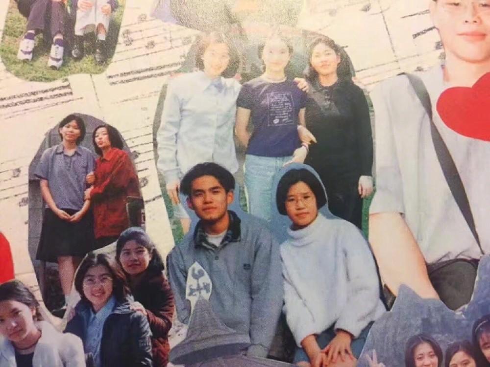 周杰伦高中照片曝光 中分发型很憨厚