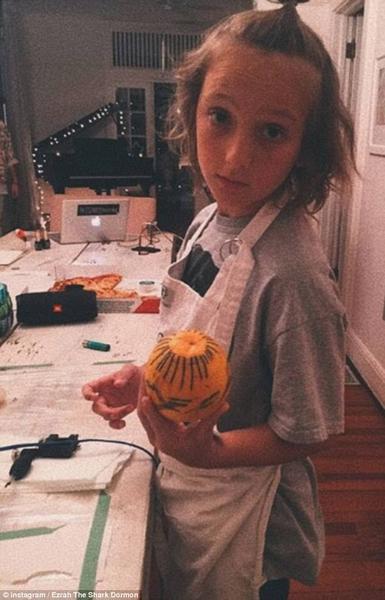 巴拿马现12岁天才纹身师 已完成20幅作品