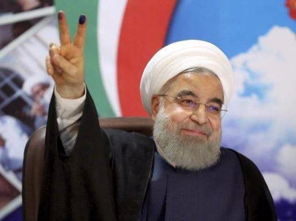 伊朗最高领袖哈梅内伊任命鲁哈尼为第十二届总统