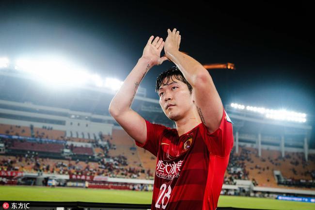 韩媒曝金英权将重返韩国队 若队长伤缺他能顶上