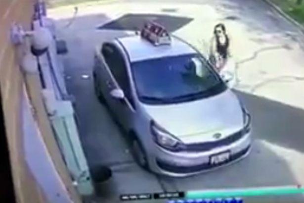 美男子未拔钥匙车被偷 视频监控录下全程
