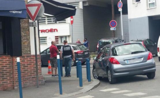 93省Aubervilliers一餐馆遭纵火,多人受伤
