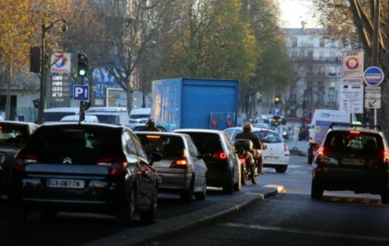 污染高峰:巴黎预启动Crit'Air按照排污程度限行车辆