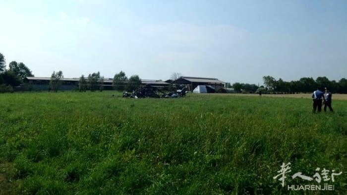 (组图)一架波兰军用直升机在帕多瓦乡村坠毁爆炸