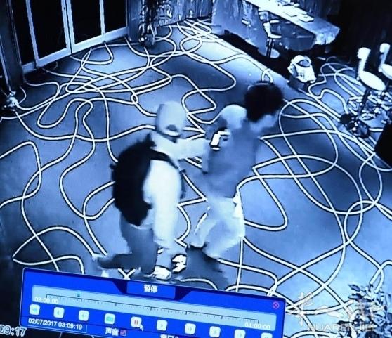LUCCA省一华人老虎机厅凌晨被抢走3万欧元