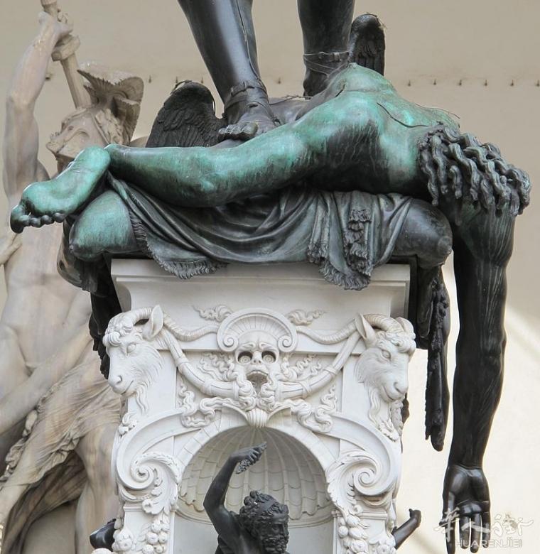 被强奸了还被砍头,美丽女人悲惨故事500年矗立佛罗伦萨