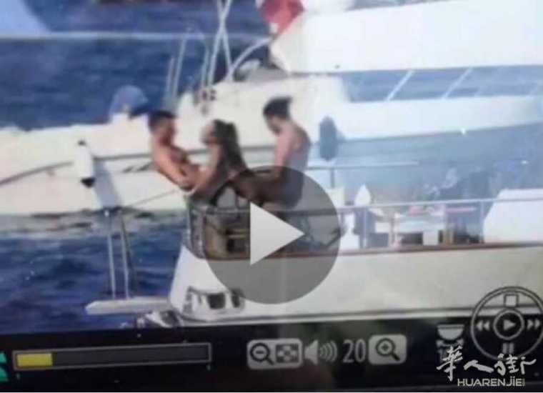 """阿马尔菲海岸上演游艇3P,海军大喊:""""我们也要加入!"""""""