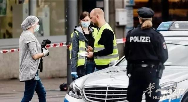 德国发生恐怖袭击 1死7伤激怒民众