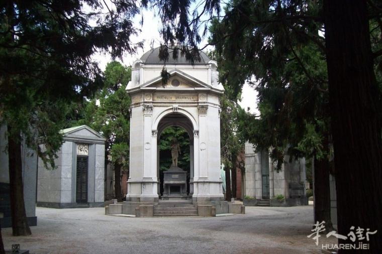 你对米兰华人街边上的纪念公墓了解多少?