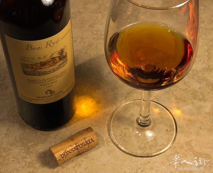 怎么会那么好喝!西西里的Ben Ryé甜酒