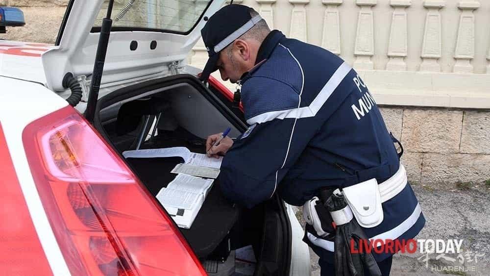 polizia municipale controlli (10)-2.jpg