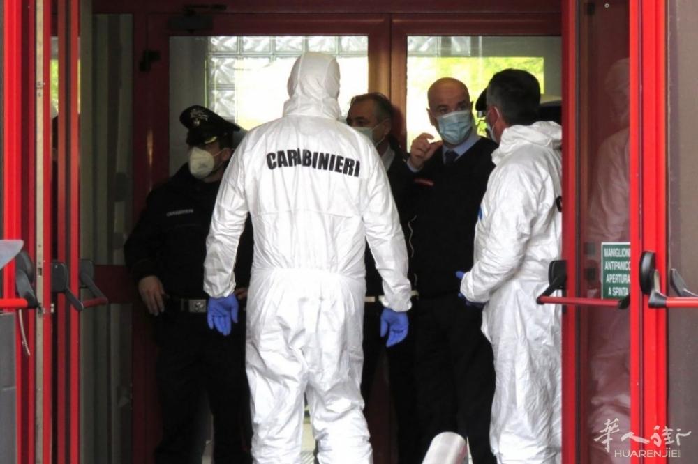 agente-si-uccide-sparandosi-comando-piazza-macelli-municipale-3.jpeg