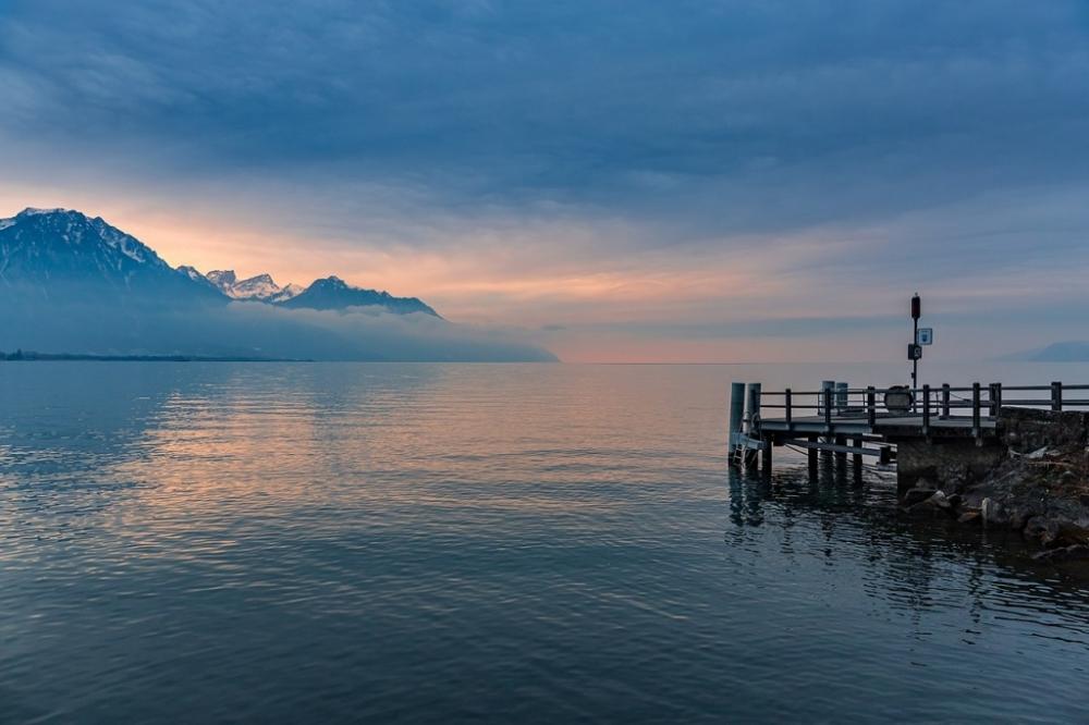 1280px-Lake_Geneva_from_Chillon_Castle.jpeg