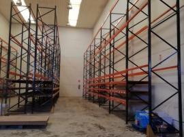 出售二手货架,地点在Illescas,请自取
