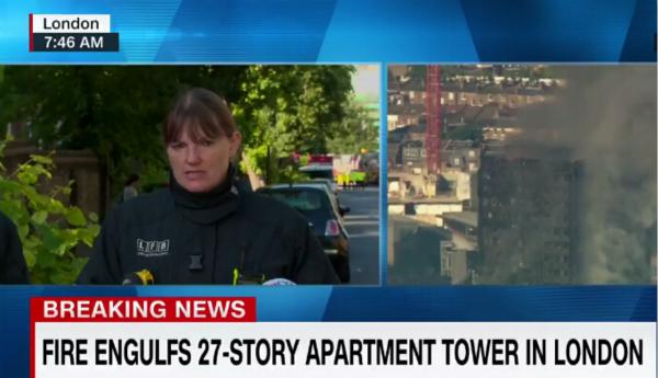 伦敦消防队队长:确认大火中有人死亡 灾情史无前例