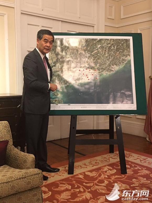梁振英:我对香港的未来充满信心