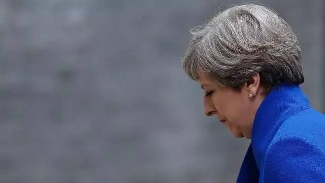 英国脱欧谈判19日如期展开 默克尔:我们准备好了
