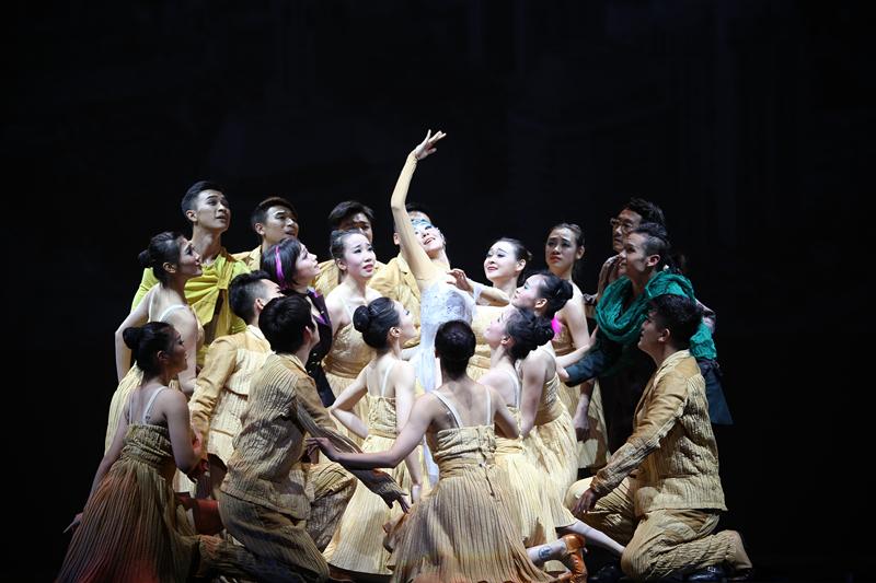 """用舞蹈讲述历史 法国巴黎""""遇见""""中国大运河"""