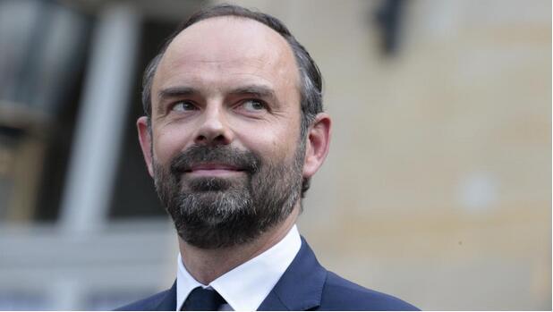 法国国民议会信任表决:总理菲利普获多数支持