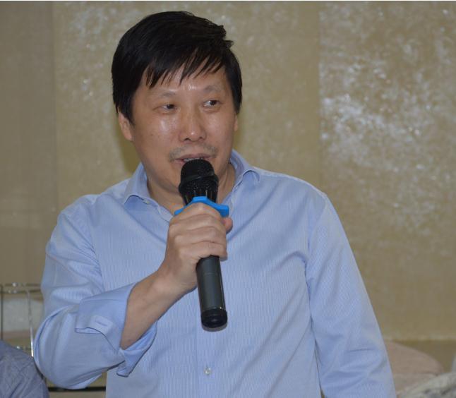 温州肯恩大学华侨学院院长王成云与罗马侨界座谈 探讨海外华文教育 ... ... ...