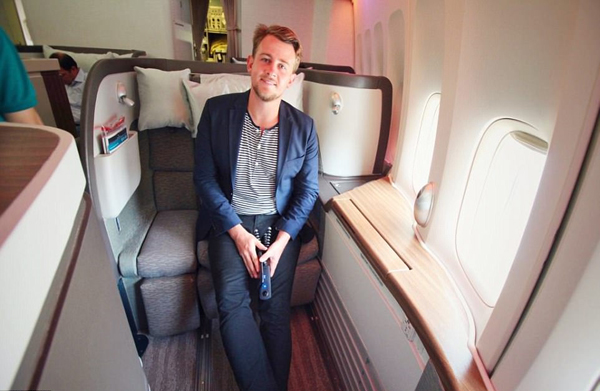 美旅行达人分享机票减价秘诀:购买积分和超卖机票