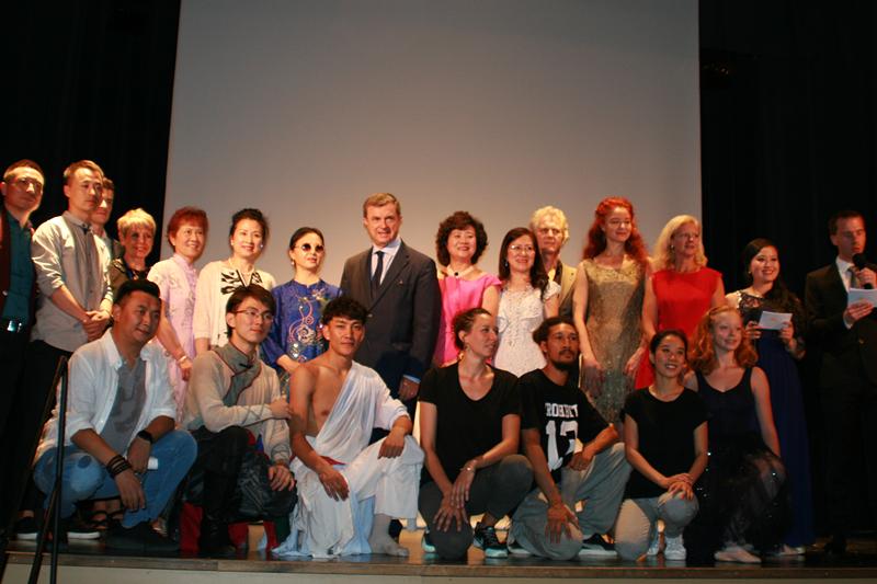 巴黎举办第三届欧洲国际艺术大奖赛 推动中欧艺术交流