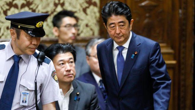英媒:日本首相安倍晋三为什么不受欢迎?