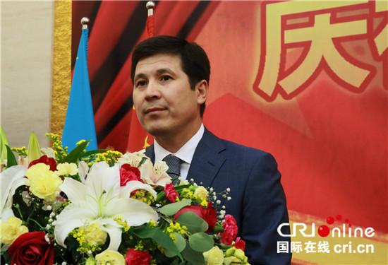 中国人民解放军建军90周年招待会在哈举行