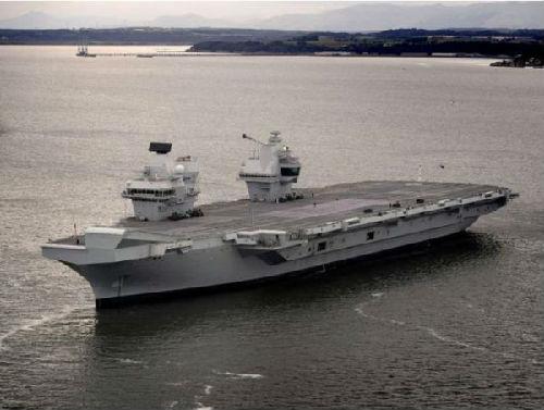 """英航母不远万里""""巡航南海""""?被指或为卖装备"""