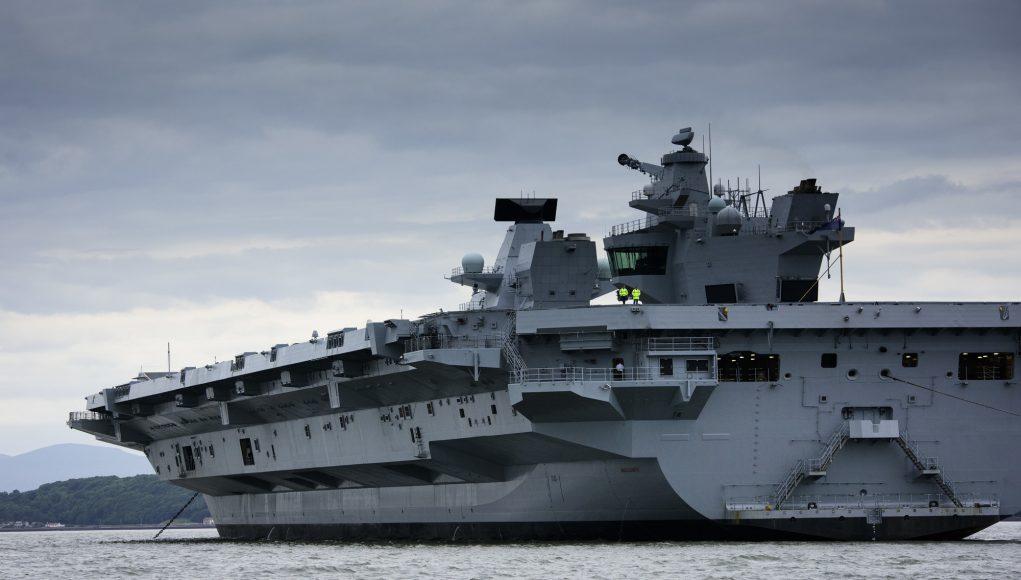 社评:英国航母若来南海当跟班将是自轻自贱
