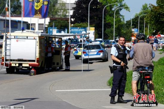 德执政党在汉堡行凶案后要求实施更坚决遣返措施