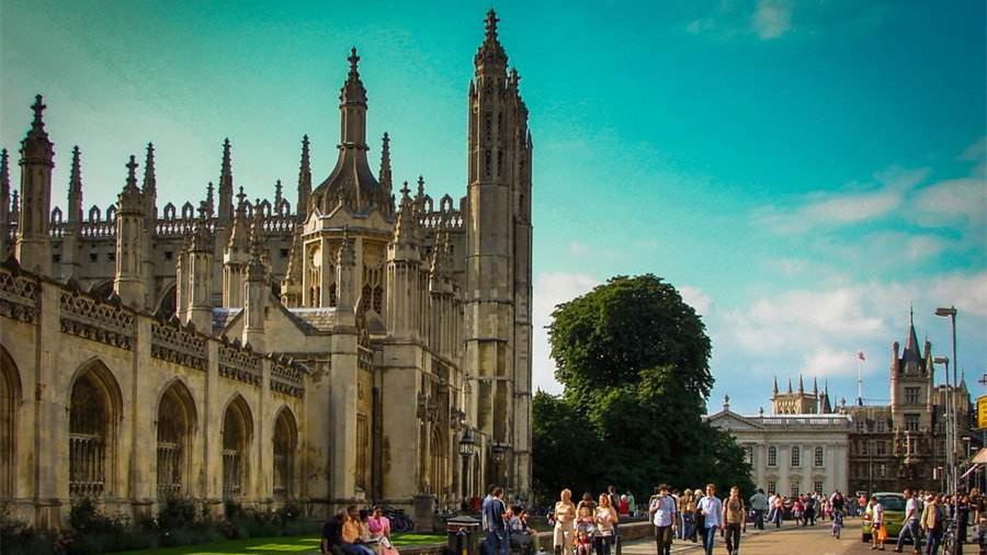 数据显示:去年英华裔学生在剑桥的录取率高过白人